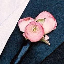 Groomsmen pink rannuculas boutonierre.jpg